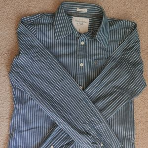 Abercrombie and Fitch long sleeve - Large